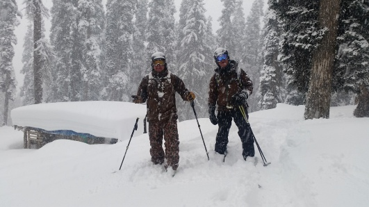 Schneefall im Himalaya